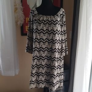 Dressbarn Flare sleeve Scoop Neck Lace Dress